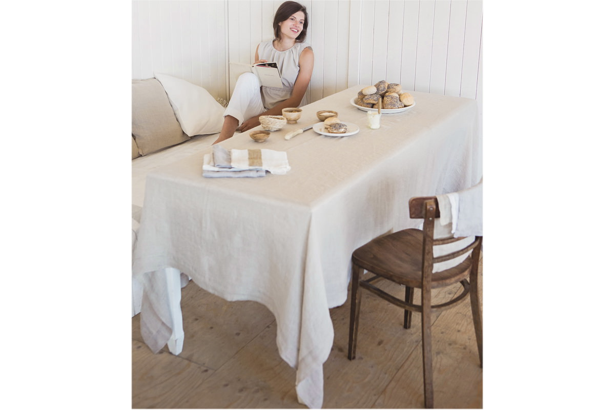 Anne\'s Table | Fjord, washed, zartgewebtes Uni-Leinen, soft ...
